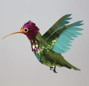 Živopisne Skulpture Ptica Napravljene od Papira