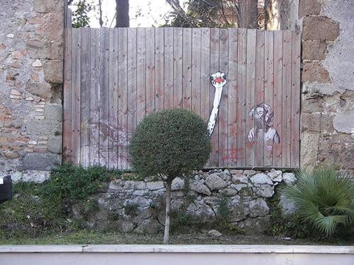 28-street-art-radova-koji-se-savrseno-uklapaju-u-okruzenje-03