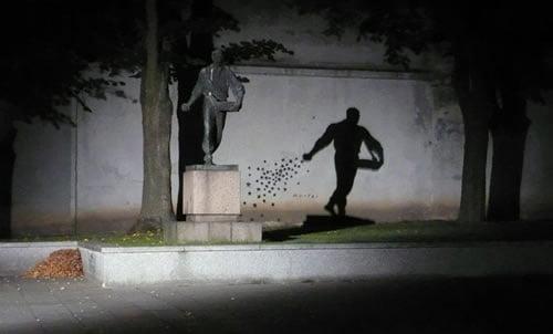 28-street-art-radova-koji-se-savrseno-uklapaju-u-okruzenje-18