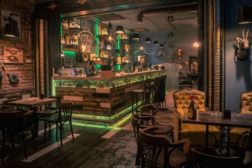 best-restaurant-bar-interior-design-15