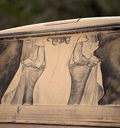Neobična Umetnost – Crtanje po Prljavim Automobilima