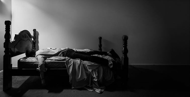 depression-self-portraits-photography-edward-honaker-16