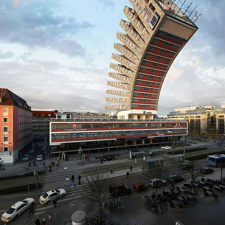 digital manipulation by architect victor enrich (1)