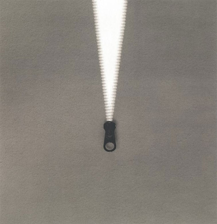 black 'n white mind bending optical illusions by Chema Madoz (25)