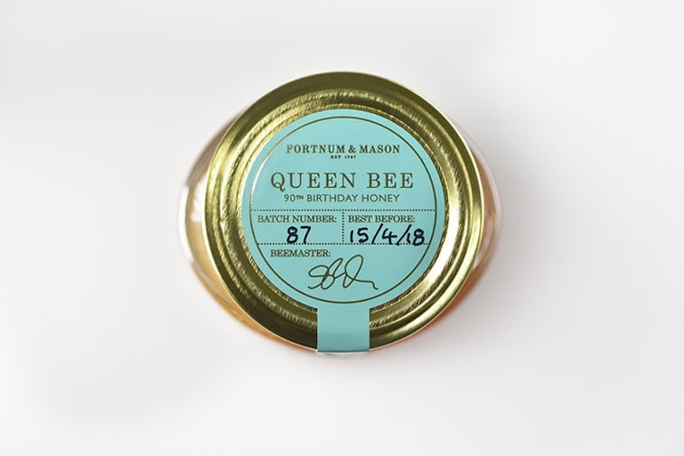 etikete za med fortnum and mason queen bee (1)