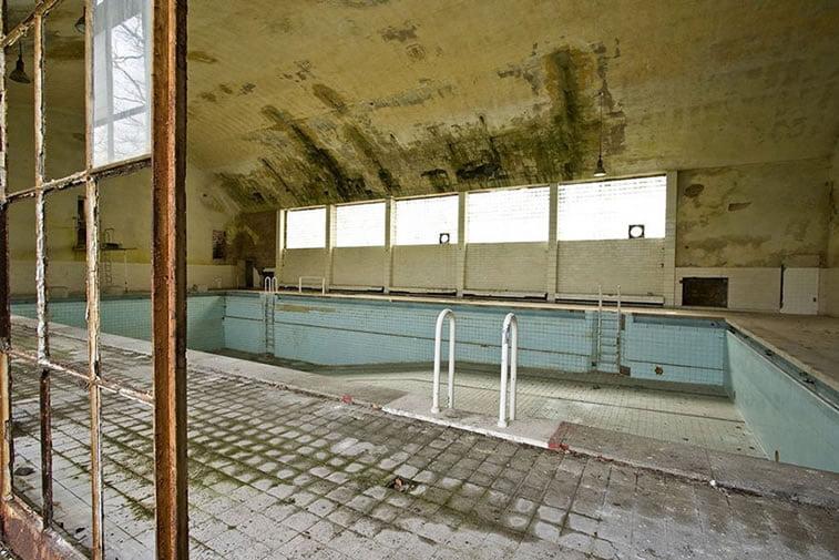 napušteno olimpijsko selo berlin 1936 bazeni