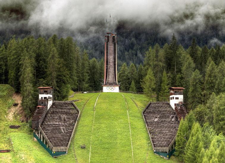 napušteno olimpijsko selo italija 1956