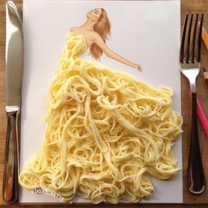 Neobični dizajn haljina od predmeta za svakodnevnu upotrebu