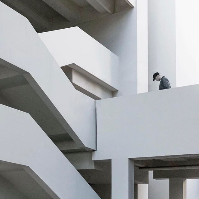 minimalist photos of urban architecture 13
