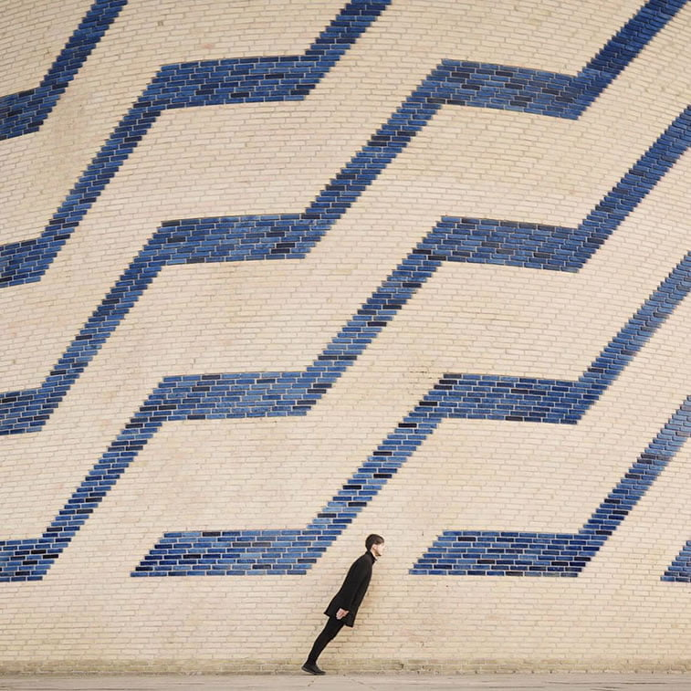 two spanish photographers play with architecture 22
