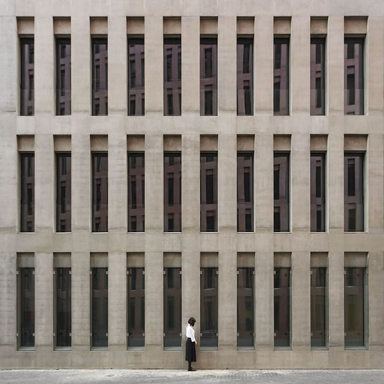 two spanish photographers play with architecture 25