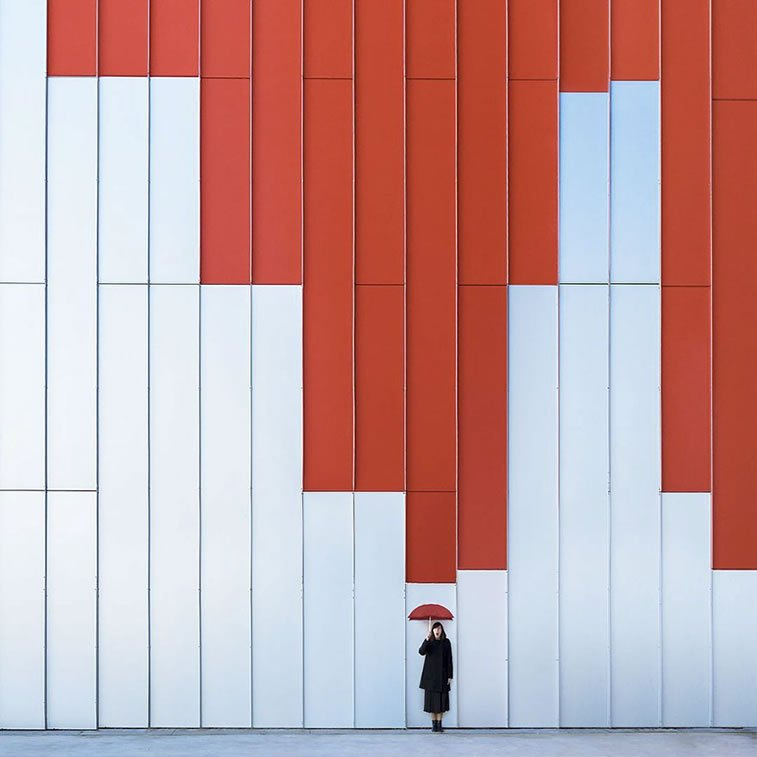 two spanish photographers play with architecture 4
