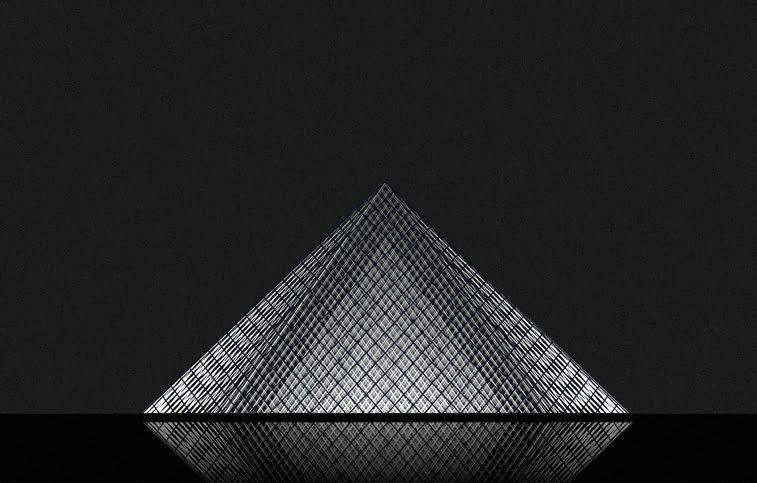 Andrea Minini ilustracije arhitektura Luvr piramida