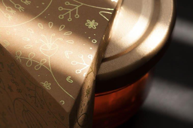nahla organic honey packaging design 5