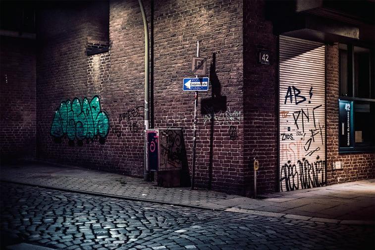 hamburg nocu fotografija ulica ugao