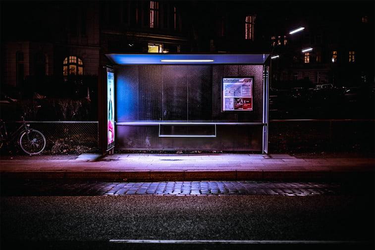 hamburg nocu fotografija autobuska stanica