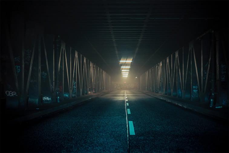 hamburg nocu fotografija prolaz mrak