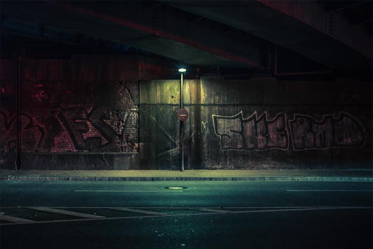 hamburg nocu fotografija ulicna svetiljka