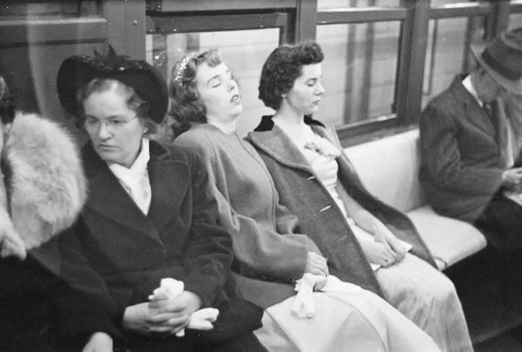 njujork metro zene spavaju