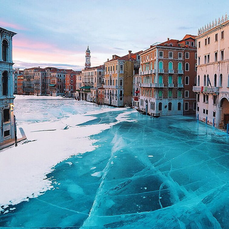 photo manipulation venezia ice canal