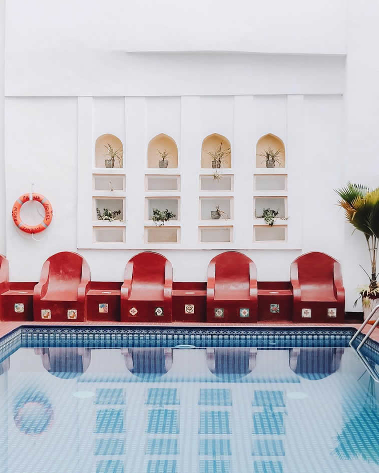 swimming pool empty cahirs