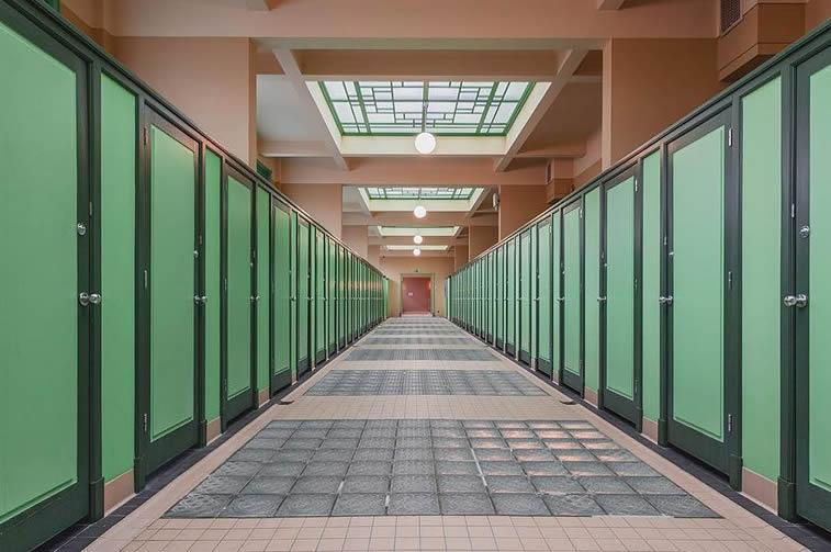 interior change rooms lockers
