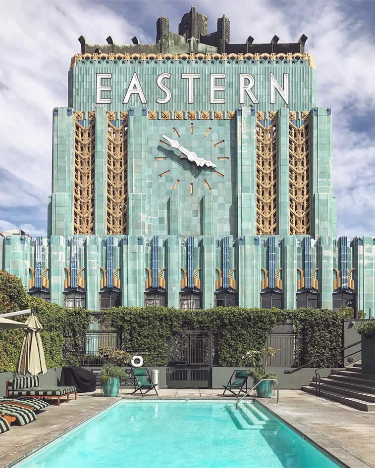 eastern bulding big clock