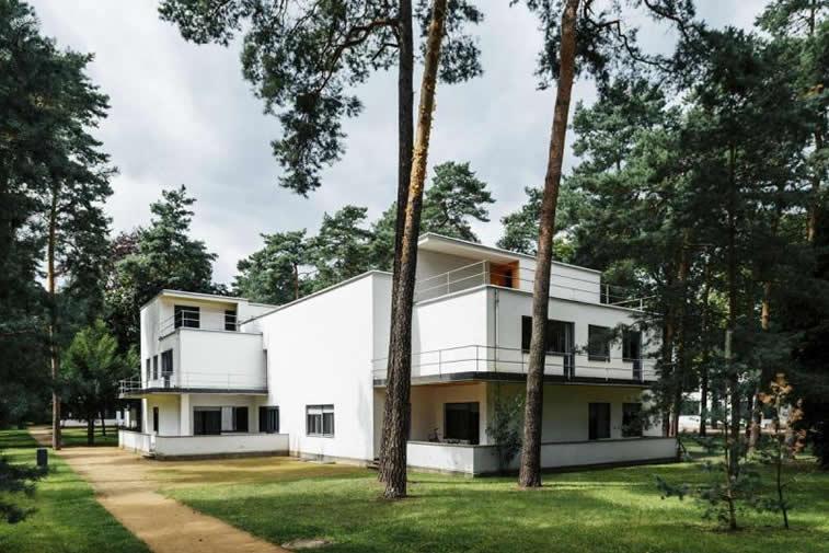 bauhaus dessau arhitektura