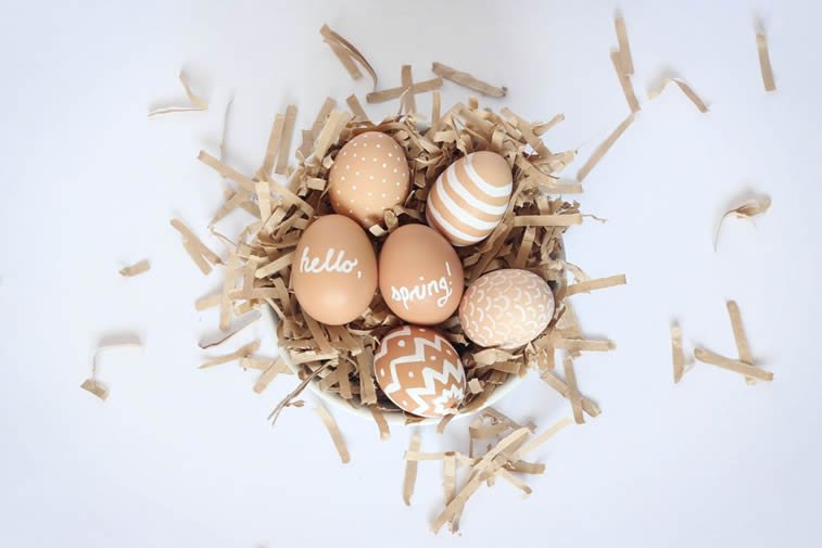 jaja ispisana belom temperom