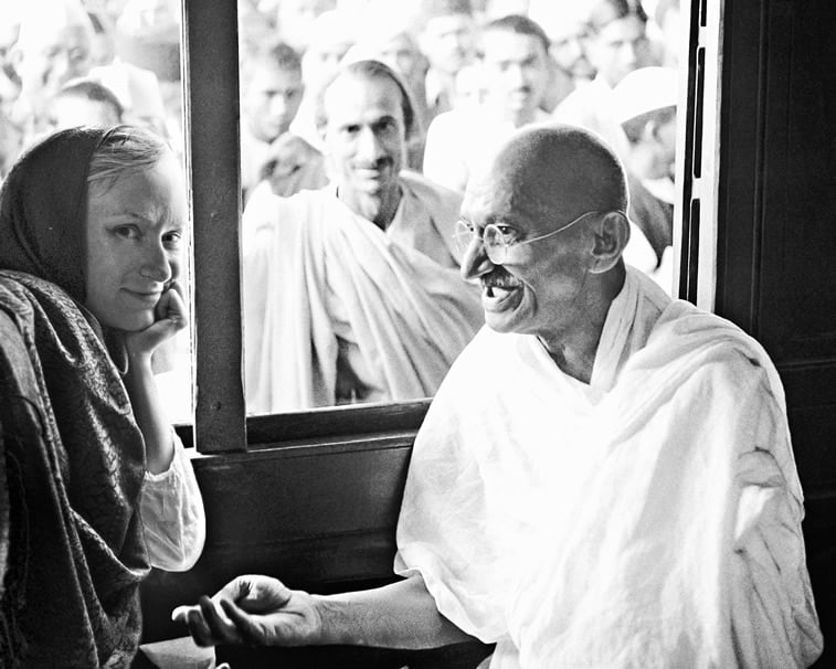 flora borsi and mahatma gandhi photo manipulation