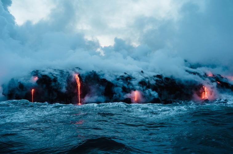 vodopad sa lavom havaji priroda
