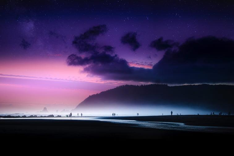 ljubicasto nebo ljudi siluete desktop slika