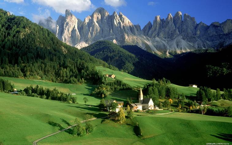 planinsko selo zelena brda desktop pozadina