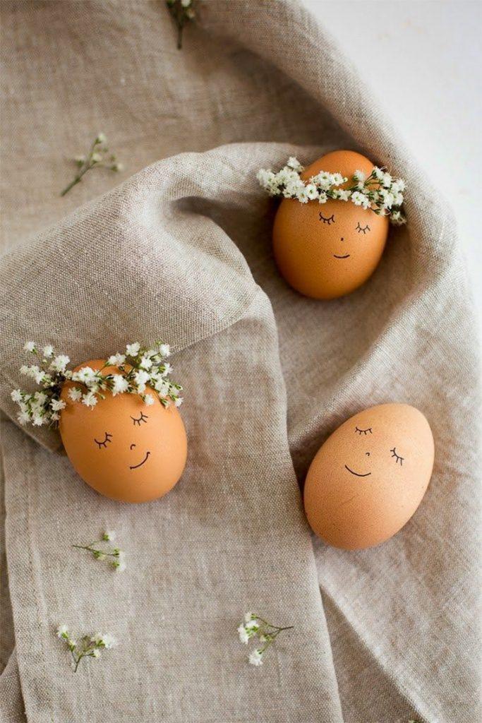 uskrsnja jaja ukrasavanje venac od cveca