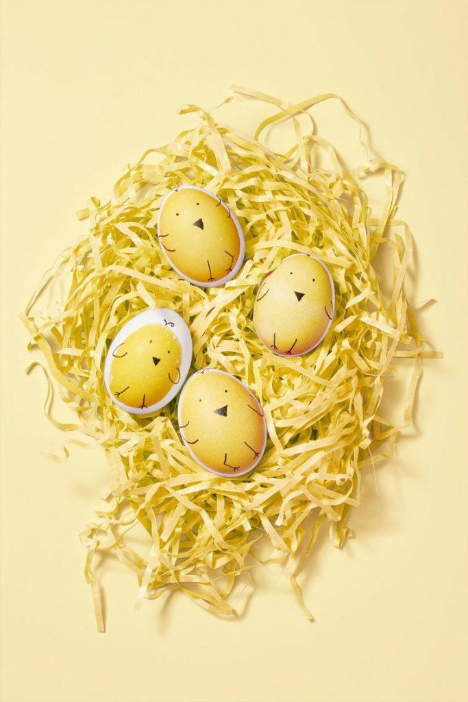 uskrsnja jaja ukrasavanje pilici