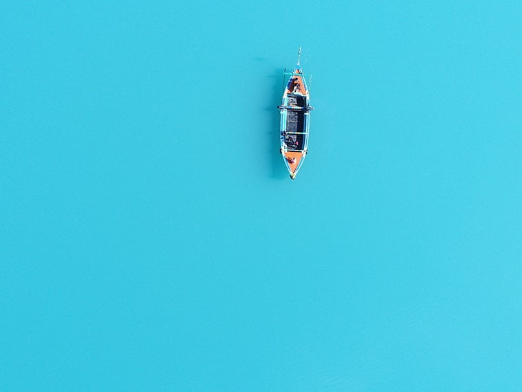 wallpaper desktop minimalism blue sea boat