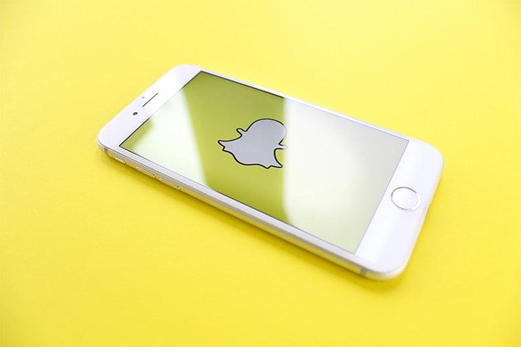 snapchat mobile yellow